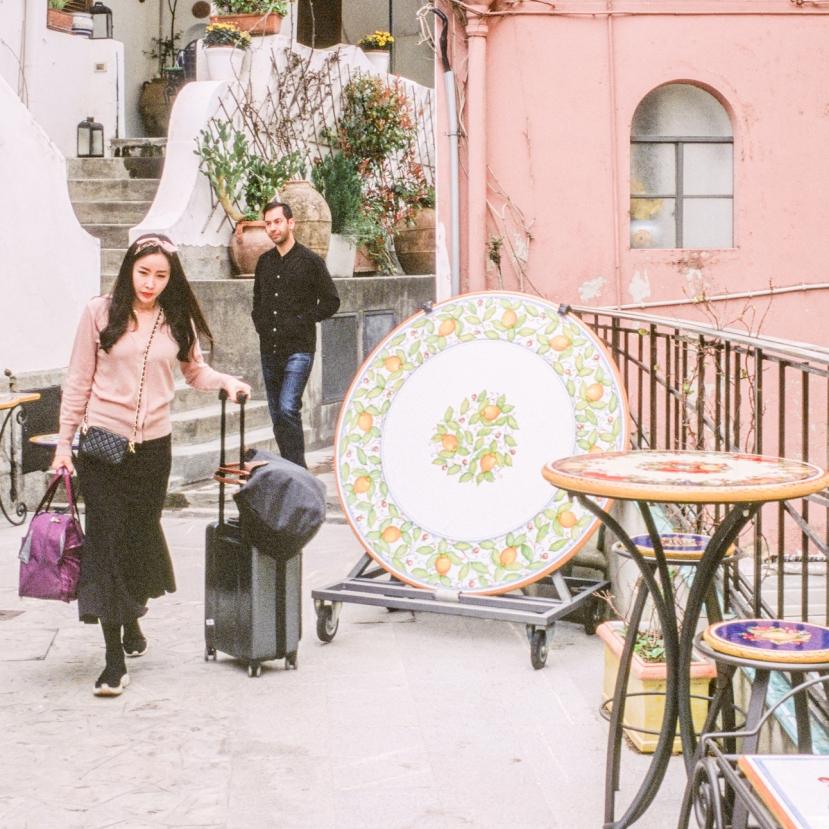 Capri, Arrival